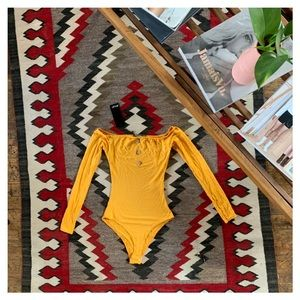 🌼2 for $20🌼 Off the Shoulder Jersey Body Suit